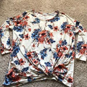 Floral twist top